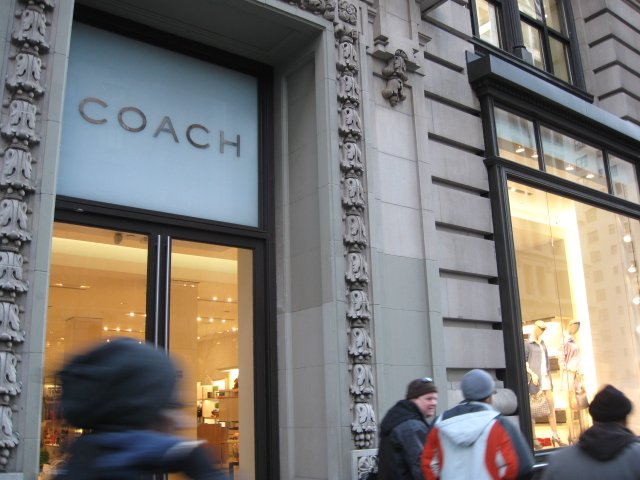 Coach - 