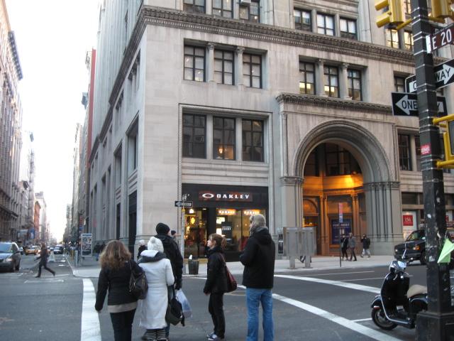 Oakley Nyc Store