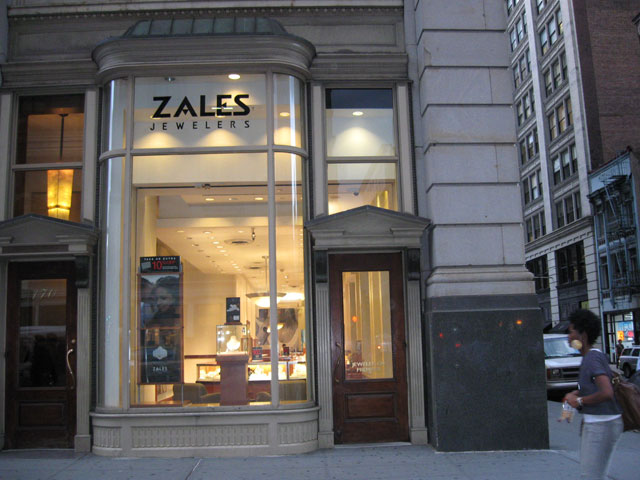 Zales 170 5th Ave