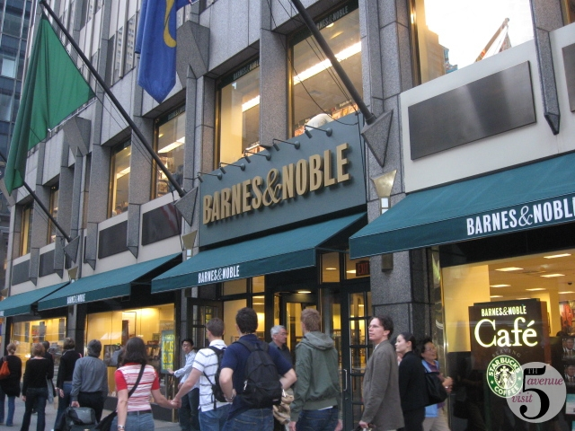 Barnes & Noble 555 5th Avenue